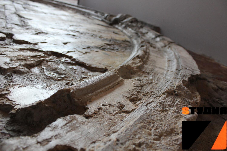 Роспись стен Древняя Арка в современном лофте