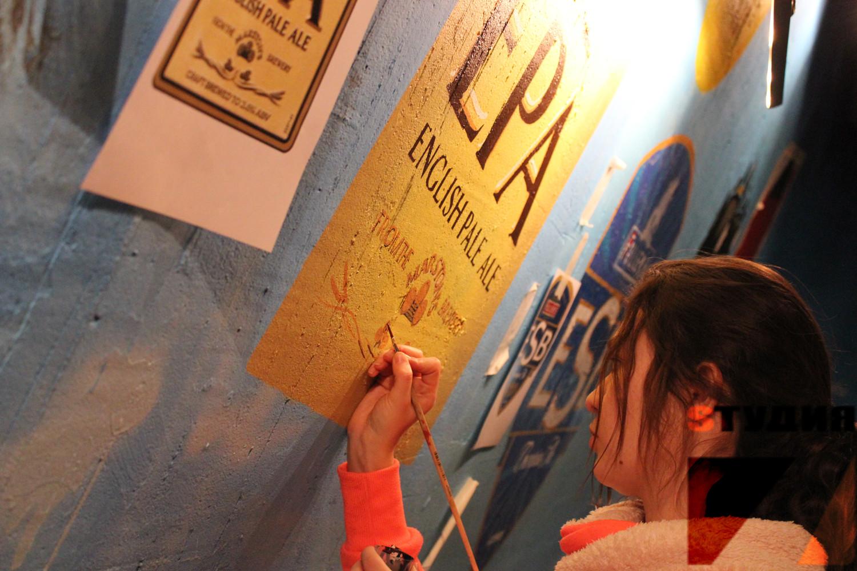 Роспись стен Роспись паба Beerhouse на Цветном Бульваре