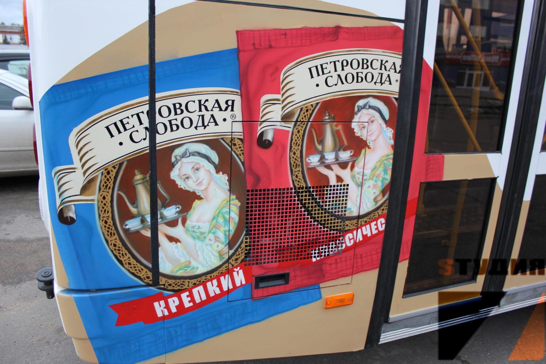 Роспись стен Оформление автобуса MacCoffee