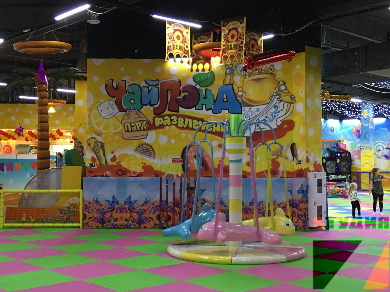 Роспись пространства парка развлечений